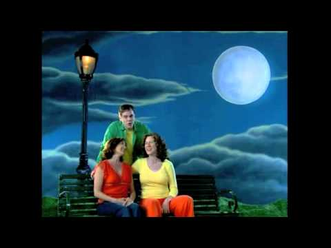 Moon Moon Moon | The Laurie Berkner Band